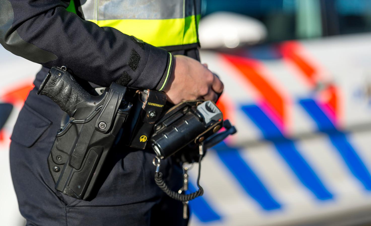 Vuurwapengebruik door politiemensen waarbij iemand om het leven komt of letsel oploopt, wordt als regel onderzocht door de Rijksrecherche.
