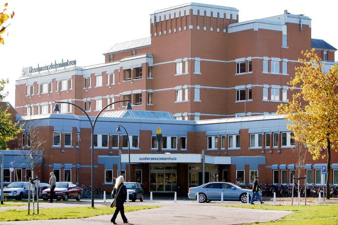 Het voormalige IJsselmeerziekenhuis in Lelystad.