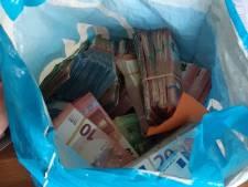 Tonnen aan cash geld gevonden bij hennepplantage in Rhenen
