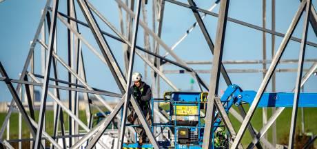 Langerak spil in vernieuwing stroomnet: 'De meeste infrastructuur die vervangen moet worden ligt in deze regio'