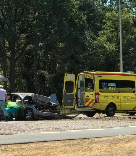 Ongeluk op N65 bij Vught had erger kunnen aflopen: 'De rem-actie van de auto heeft levens gered'