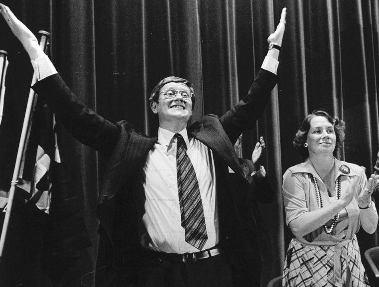 Hans Wiegel op de algemene vergadering van de VVD in 1977.  Beeld HH