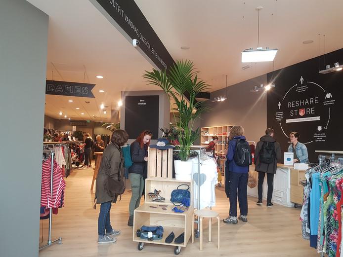 De ReShare Store van het Leger des Heils in Deventer is zaterdag geopend.