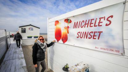 Daar komt de zon, daar zijn de strandbars: baigneurs haasten zich om eerste zonnekloppers te ontvangen