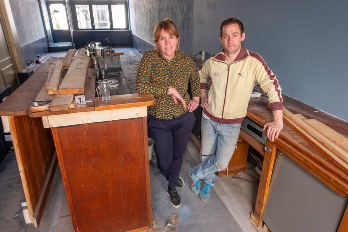Susanne Coppoolse en Tijs de Vos van Reynaert & Co in Middelburg.