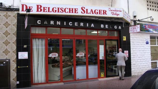 Makelaar Johan trakteert op lekkers van... Belgische slager