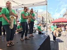 Tropische zaterdag voor Breda Jazz: energiek optreden in de zon