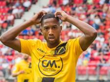 Wat is het geel-zwarte NAC-shirt waard?
