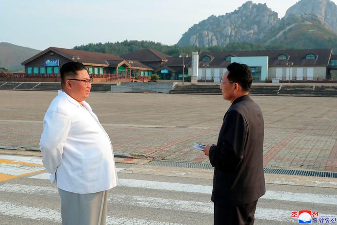Kim Jong-un keek rond in Kumgang en was allesbehalve tevreden. 'Weg ermee', klonk het.