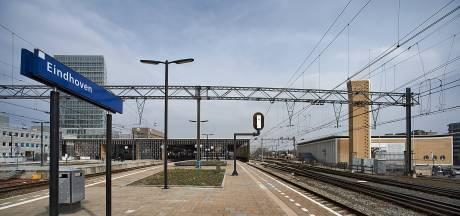 Geen treinen tussen Helmond en Eindhoven na aanrijding op het spoor