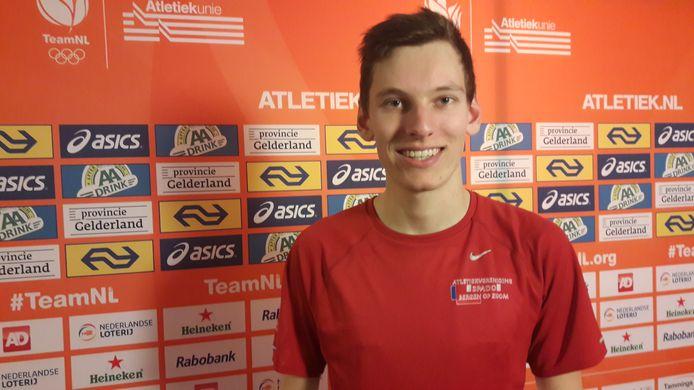 Sven van Merode wint NK hoogspringen door over de 2.11 te springen: 'Dit is een opsteker voor het outdoor-seizoen.'