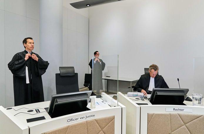 Een zitting in de rechtbank van Den Haag tijdens de coronacrisis.