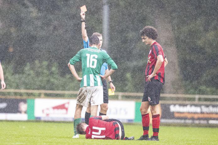 De gemoederen liepen hoog op bij de derby SVVN - DES.