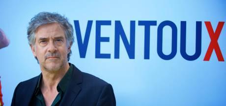 Cast serie Dokter Deen beklimt Mont Ventoux voor ongeneeslijke ziekte ALS