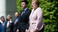Wat scheelt er met Angela Merkel? Bondskanselier begint plots hevig te trillen