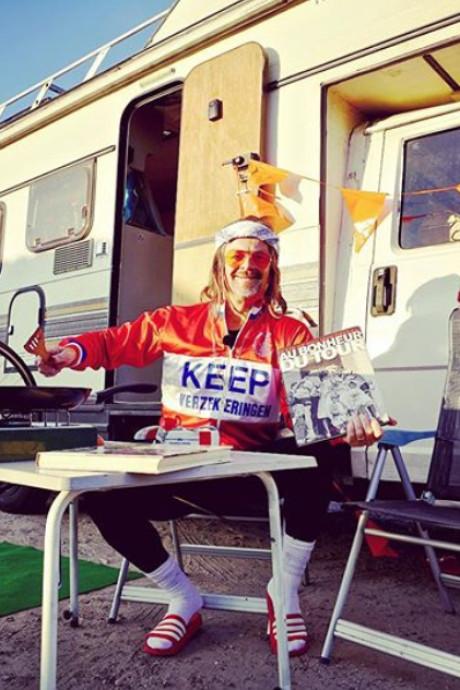 Rubriek Kasper van Kooten geschrapt uit Avondetappe: 'Gebeden verhoord'