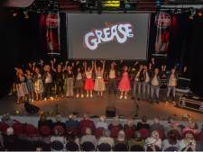 "Show ""Stars on Stage"" door Au3 Smiths Music groot succes"