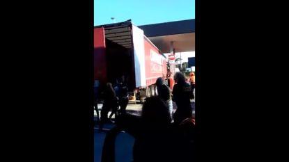 Transmigranten in vrachtwagen opgepakt aan tankstation in Erembodegem