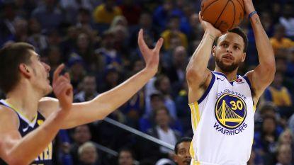 Curry stuwt Golden State naar nieuwe thuiszege, Cleveland en LeBron James zwaar onderuit