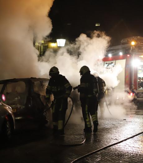 Burgemeester Grave waarschuwt voor tunnelvisie bij onderzoek naar autobranden