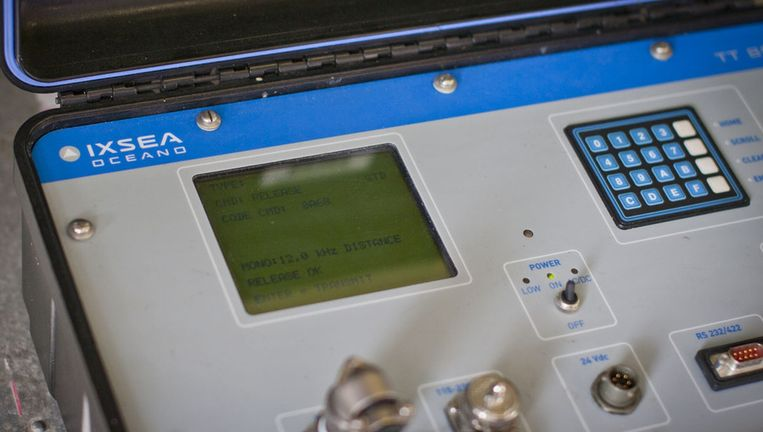 Het Koude Oorlog-achtige apparaat dat het diepzeeinstrument naar boven moet halen Beeld Ronald Veldhuizen