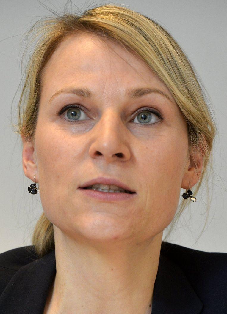 Ann Brusseel (Open Vld) legde vanochtend op Twitter de gevolgen van die dubbele nationaliteit uit.
