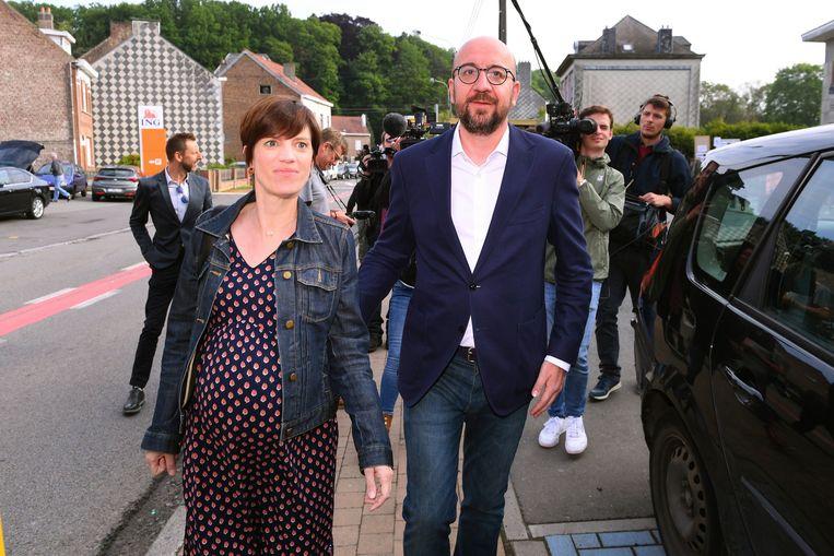 Charles Michel (MR) en Amelie Derbaudrenghien trekken naar de stembus.