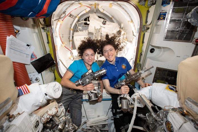 Jessica Meir et Christina Koch.