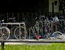 Het aantal aangiftes vanwege fietsendiefstal daalt al vier jaar op rij.