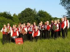 Harmonicaclub breekt met museumboerderij Wendezoele Ambt-Delden