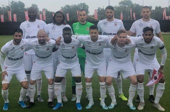 Het elftal dat startte voor Antwerp, met onder andere Defour, Lamkel Zé, Mirallas en Mbokani.