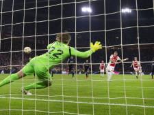 Ten Hag trots op doelpuntenrecord: 'Je speelt voor de fans'