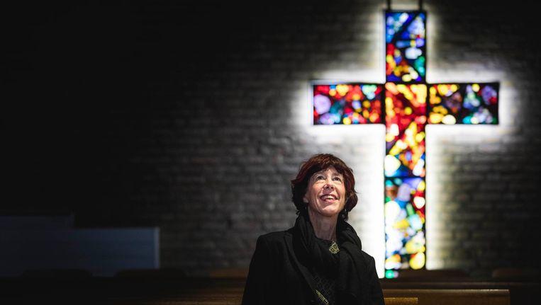 Marja Westerlaken in haar kerk in Voorburg. Beeld Freek van den Bergh