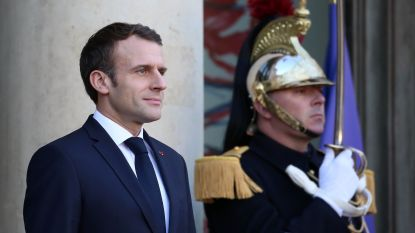 Franse regering komt met pakket sociale maatregelen om 'gele hesjes' te sussen