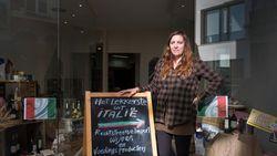 Sheila start winkel met Italiaanse streekproducten