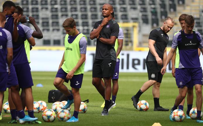 Vincent Kompany als speler-trainer bij Anderlecht.
