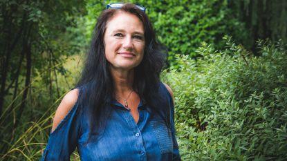 """Sabine De Vos schrijft 15 jaar na diagnose over kanker: """"Dit boek had ik willen krijgen toen ik ziek was"""""""