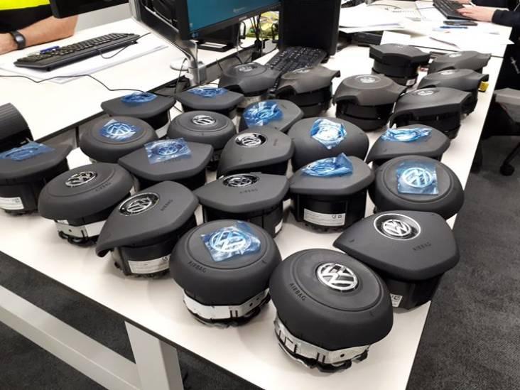 Flinke lading gestolen airbags gevonden op industrieterrein in Tilburg