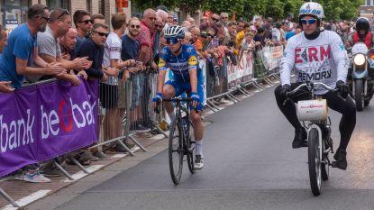 KOERS KORT 02/09. Evenepoel valt (zonder erg) in Wetteren - Team Ineos stelt Carapaz voor, Quintana naar Arkéa-Samsic