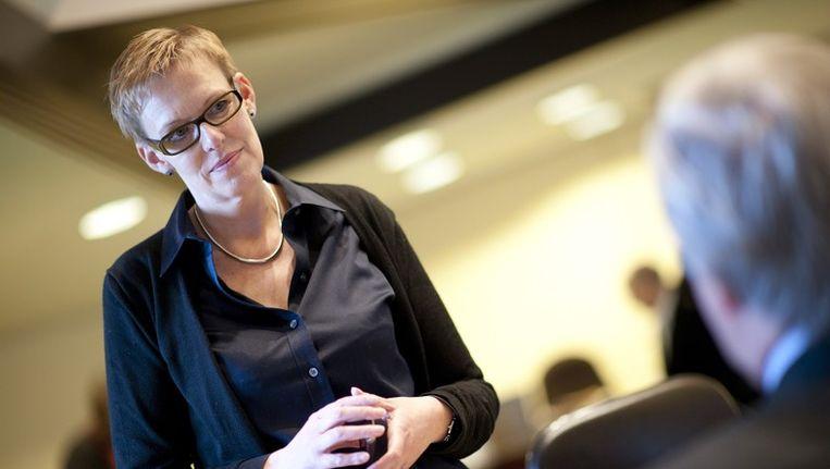 Karine Lalieux (PS) wordt voorzitster van de opvolgingscommissie.