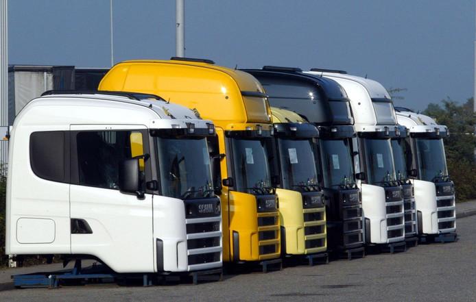 Vrachtwagencabines bij de Scania-fabriek in Zwolle.