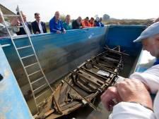 Zeven middeleeuwse schepen op een rij: een zondvloed in de Maas bij Alphen?