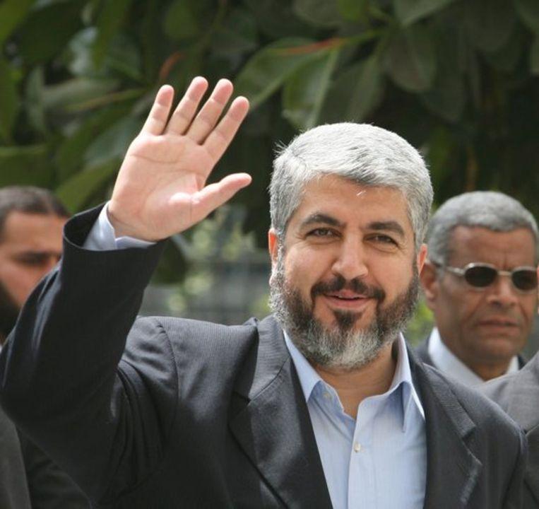 Hamasleider in ballingschap Khaled Meshaal (foto) zei tijdens een regionale top in Doha dat zijn organisatie geen staakt-het-vuren accepteert dat niet voorziet in een volledige terugtrekking van de Israëlische troepen uit de Gazastrook. Foto EPA/Khaled El Fiqi Beeld