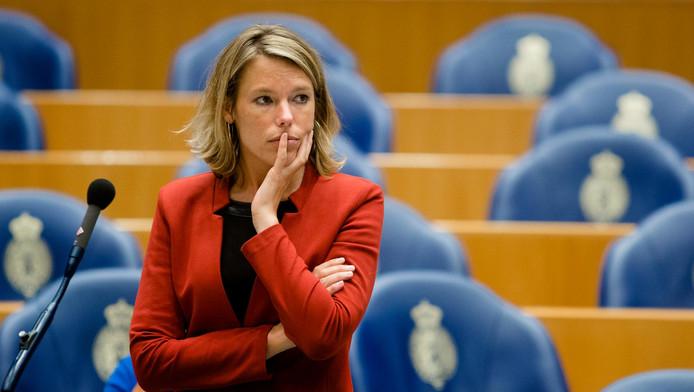 Lea Bouwmeester stapt uit het parlement.