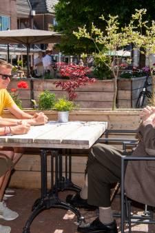 Ommenaar Marinus (99) staat ver voor twaalven al te popelen: eindelijk weer zijn favoriete pannenkoek