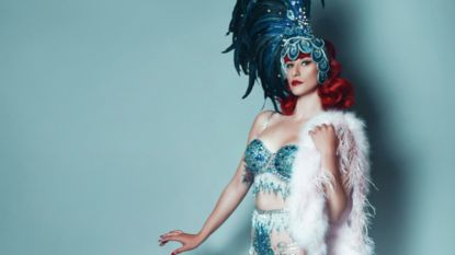 """Vlaamse verkozen tot beste burlesquedanseres ter wereld: """"Het draait rond female empowerment, niet om mannen opwinden"""""""