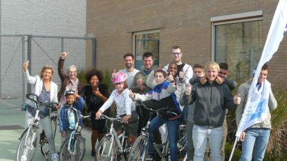 Kinderen en jongeren krijgen nieuwe fiets van Kiwanis