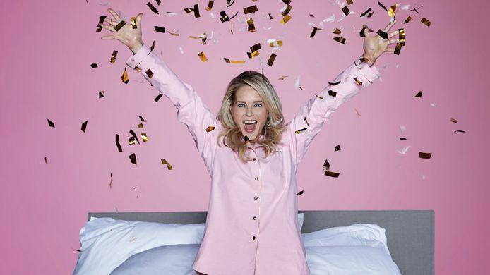 Chantal Janzen geeft een pyjamaparty