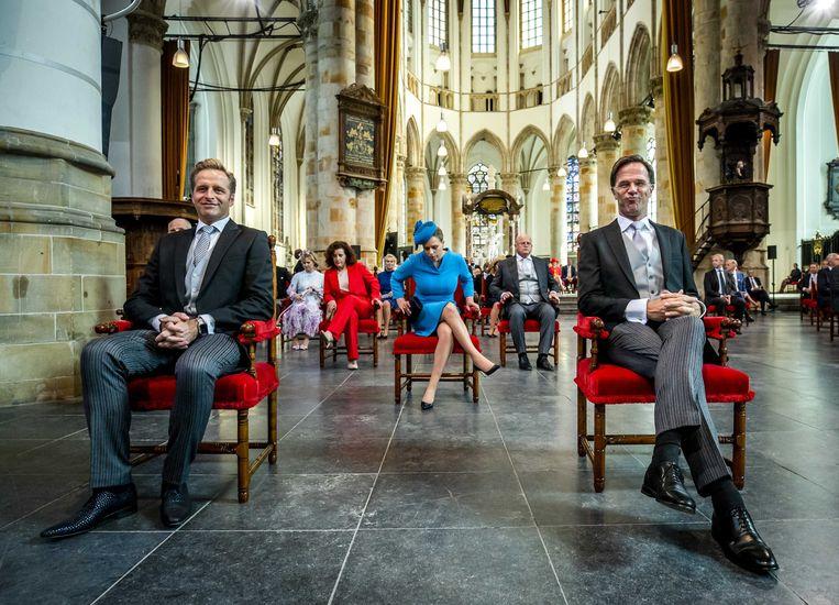 Minister De Jonge en premier Rutte voorafgaand aan de troonrede dinsdag. Beeld EPA