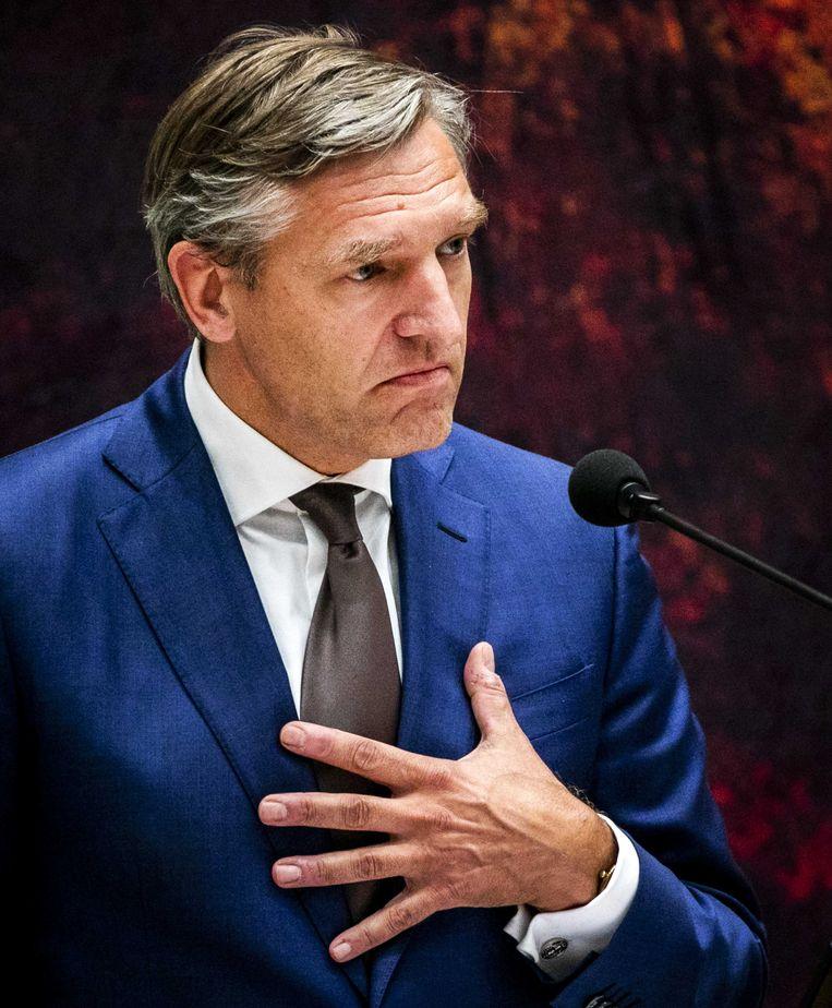 Sybrand van Haersma Buma (CDA) tijdens het debat met premier Rutte over het kabinetsbesluit om de dividendbelasting te behouden. Beeld ANP